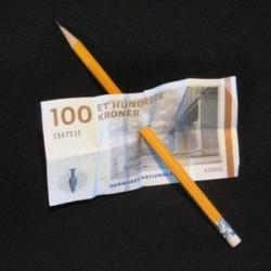 Blyant gennem pengeseddel